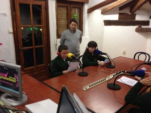 Escolares en Radio Foramontanos